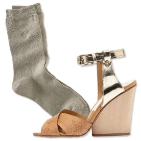 032714-socks-and-sandals-3-567