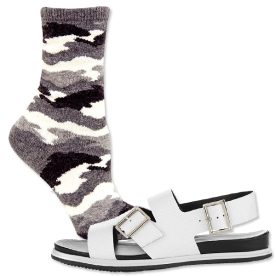 032714-socks-and-sandals-6-567