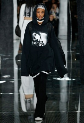 fenty-puma-by-rihanna-aw16-collection-12-550x800